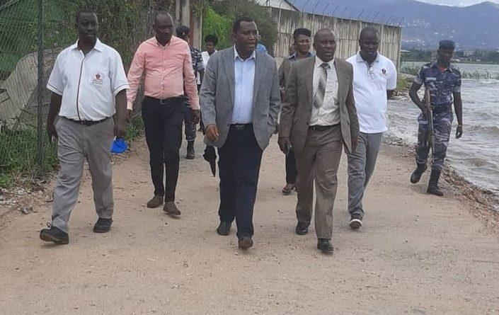 Visite au port de Bujumbura.